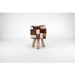 Eckiger Sitzhocker Romanteaka 08 recycled Teak natur Bezug echtes Ziegenfell